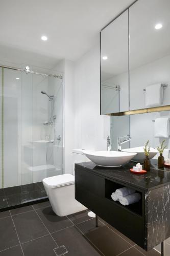 33 Warwick Street, Walkerville, South Australia 5081, Australia.