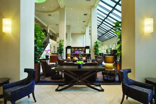 Embassy Suites Hotel Santa Clara-Silicon Valley - Santa Clara, CA 95054
