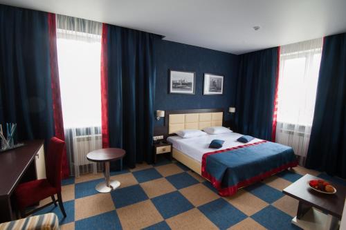 Iskra Hotel