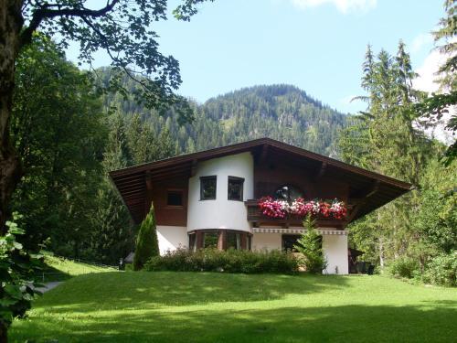 Ferienwohnung Achten - Apartment - Waidring