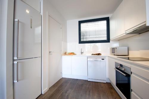 Decô Apartments Barcelona-Diagonal photo 2