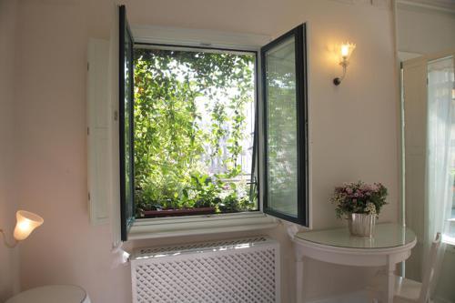 Milano Suites salas fotos