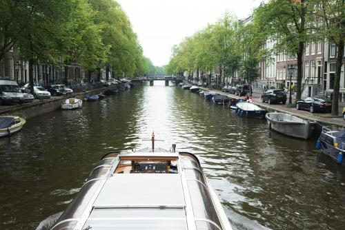 Herengracht Canal Apartment photo 8