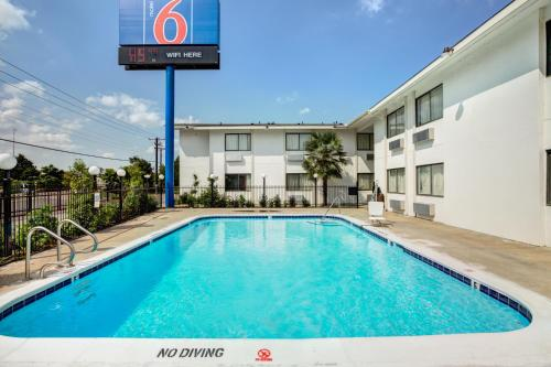 Фото отеля Motel 6 Dallas - South