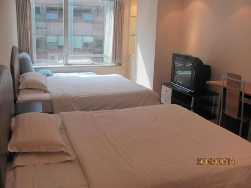 Beijing New World CBD Apartment photo 27