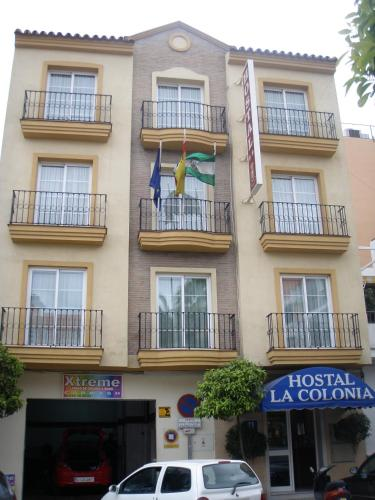 Hostal La Colonia thumb-1