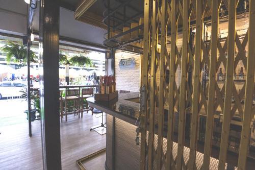 Glur Bangkok Hostel & Coffee Bar photo 166