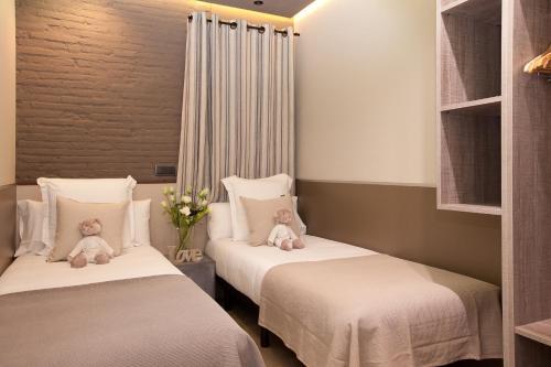 Enjoybcn Miro Apartments photo 23