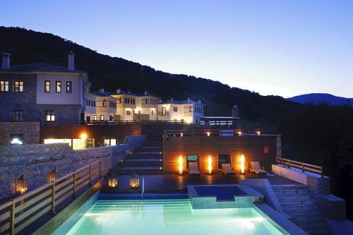 12 Months Luxury Resort - Hotel - Tsagarada
