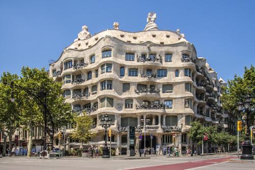 Habitat Apartments Barcelona Balconies photo 40