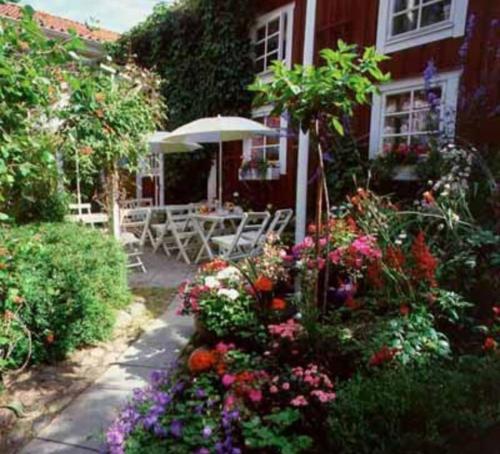 . Garvaregården Hotel och B&B - Pensionat Sundsgården