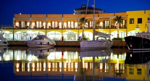 . Marina Place Resort