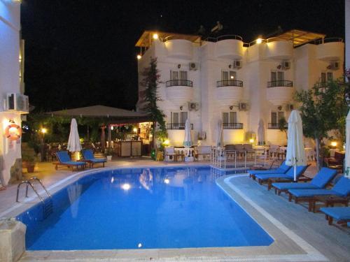 Bitez Hotel Cavus Apart harita