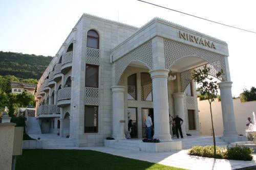 . Art Hotel Nirvana