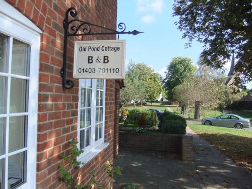 Old Pond Cottage (B&B)