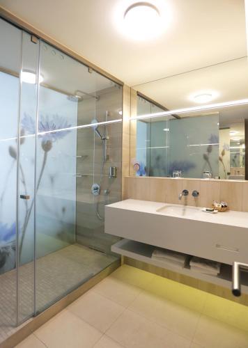 Danubius Health Spa Resort Margitsziget photo 7