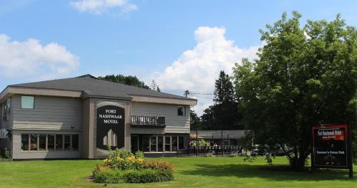 Hotel The Fort Nashwaak Motel