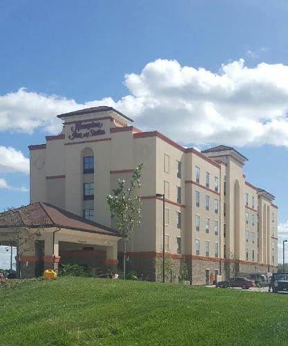 Hampton Inn & Suites West Des Moines Mill Civic in West Des Moines
