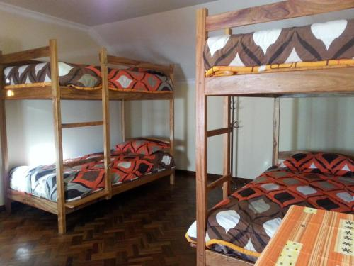 1 Llit en Dormitori Mixt de 6 Llits (Bed in 6-Bed Mixed Dormitory Room)