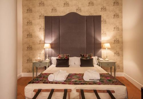 Deluxe Triple Room Palacio Pinello 7