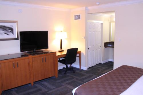 Inn At San Luis Obispo - San Luis Obispo, CA 93401