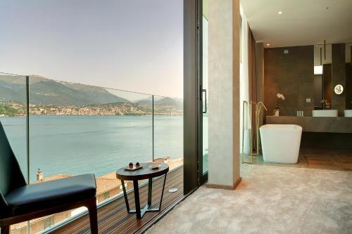 . Grand Hotel Campione