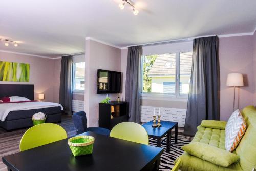 . RELOC Serviced Apartments Zurich-Oerlikon
