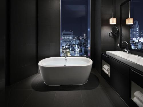 Shinjuku Granbell Hotel photo 42