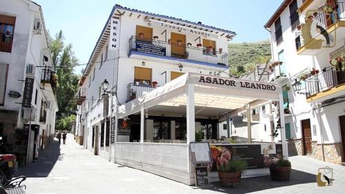 . Apartamentos Castillo Cazorla