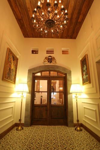 Фото отеля La Perla Boutique Hotel