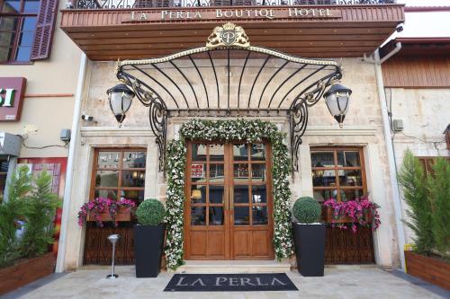 . La Perla Boutique Hotel