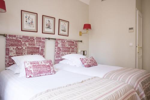 New Orient Hotel photo 44