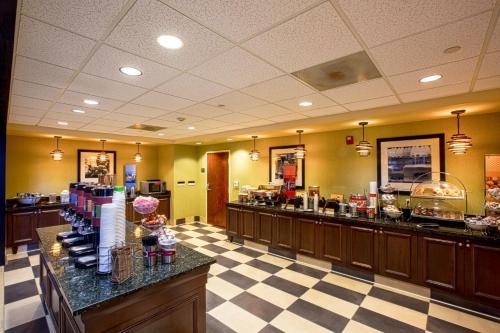 Hampton Inn&Suites Sacramento-Elk Grove Laguna I-5 - Hotel - Elk Grove