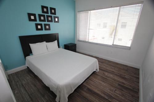 918 Ocean Drive Apartments - Miami Beach, FL 33139