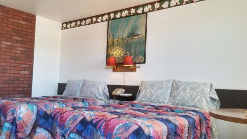 American Inn Motel Canon City - Canon City, CO 81212