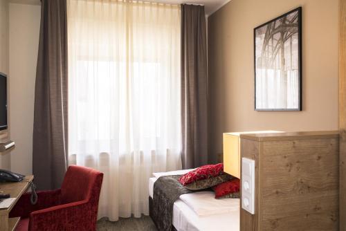 Maingau Hotel photo 18