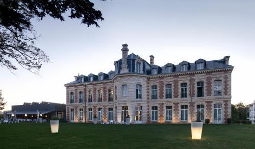 Kasteel-overnachting met je hond in Hôtel et Spa du Château - Lagord