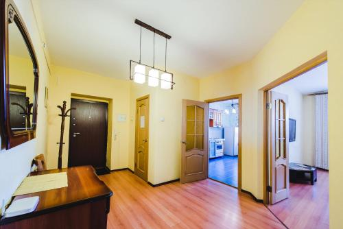 HotelDekabrist apartment on Petrovsko-Zavodskaya 25