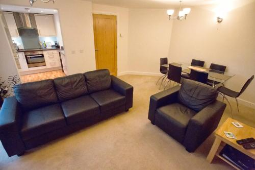 . Salisbury Luxury Apartment