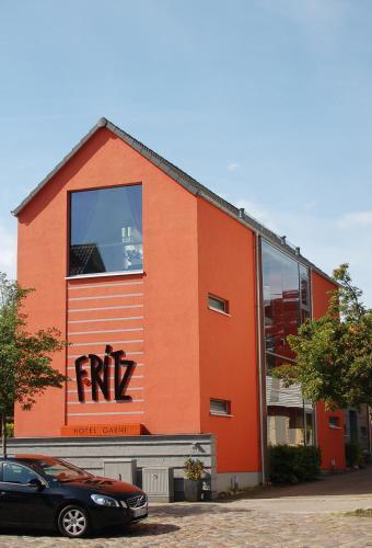 . Hotel F-RITZ