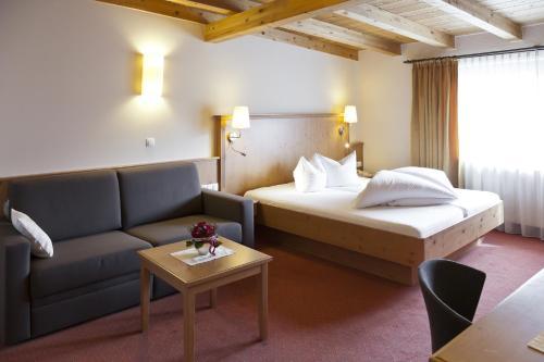 Фото отеля Hotel Zum Hirschen