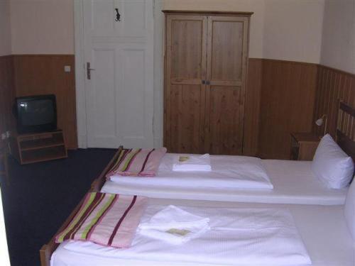 Hotel-Pension Rheingold am Kurfürstendamm photo 4