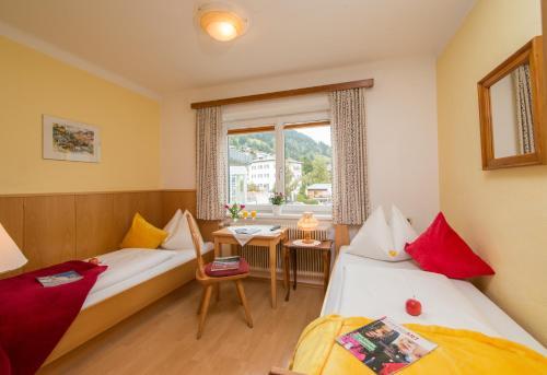 Фото отеля Hotel Pension Hubertus