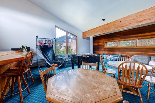 Two-Bedroom Condo 61 at Snowscape - Silverthorne, CO 80498