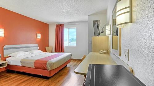Motel 6 Killeen - Killeen, TX 76541