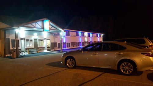 Americas Best Value Inn-Faribault - Faribault, MN 55021