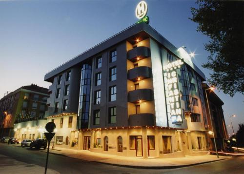 Hotel Infanta Cristina 2