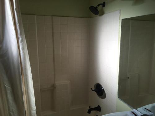 Budget Inn & Suites - El Centro, CA CA 92243