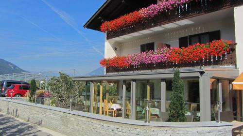 Pension Tannenhof - Accommodation - Laces