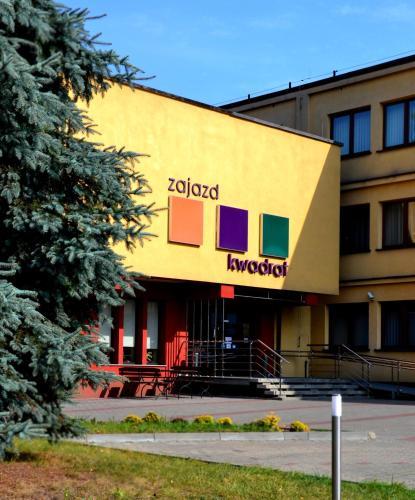 Zajazd Kwadrat Główne zdjęcie